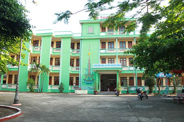Khách sạn Thanh Lịch Biển Thiên Cầm