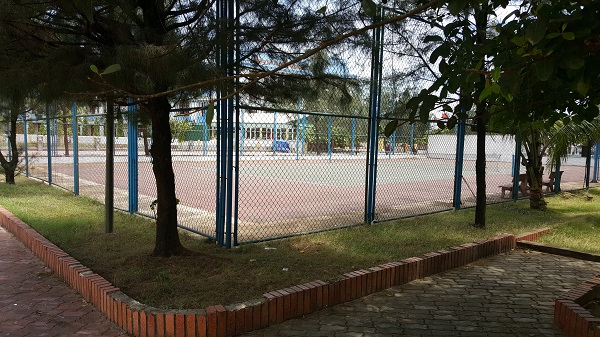 san-tennis-khach-san-thien-y-thien-cam